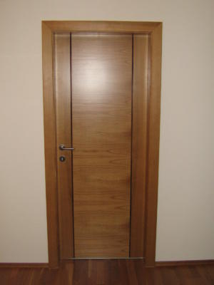 Door03