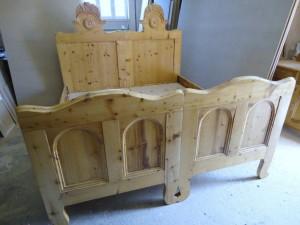 luhovanie nabytku - postel